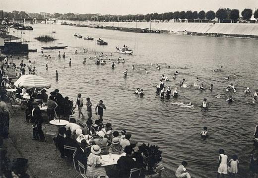 La baignade urbaine des enjeux de r appropriation de l espace public et d un droit la ville - Piscine avec pente douce vitry sur seine ...